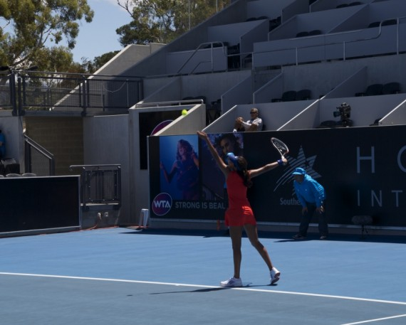 Naiktha Bains in action during round one of Hobart International qualifying. Picture: Casey Gardener