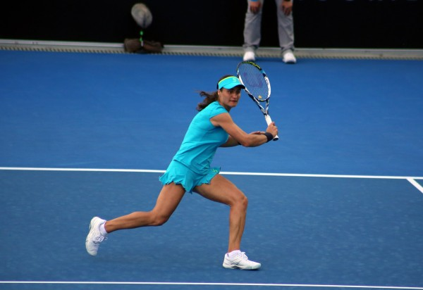 Hobart regular Monica Niculescu entertains the crowd during the night session with her unique style. Picture: Kaytie Olsen